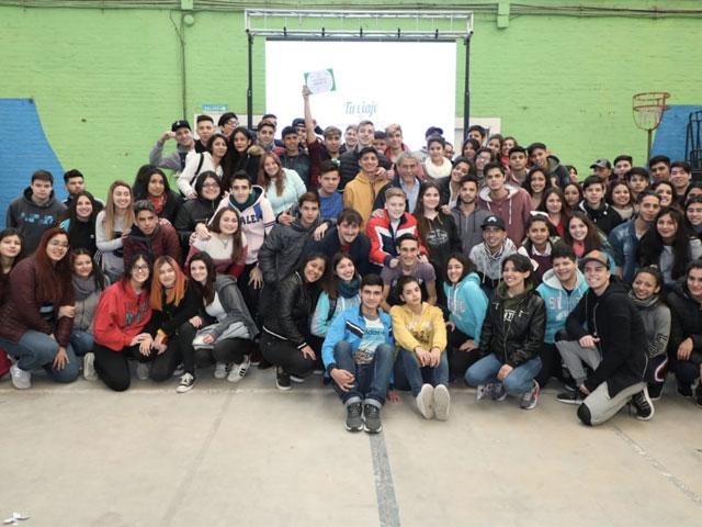 El Municipio lleva a 1.000 estudiantes secundarios de viaje de egresados a Mar del Plata