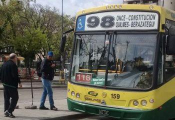 Nuevo recorrido de la línea 98 para vecinos de Wilde, Domínico y Sarandí