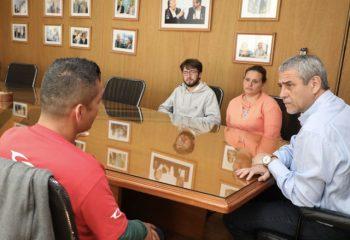 Ferraresi recibió a trabajadores despedidos de Gaelle