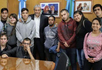 Jóvenes de los Centros de Formación Integral harán prácticas profesionales en el Municipio