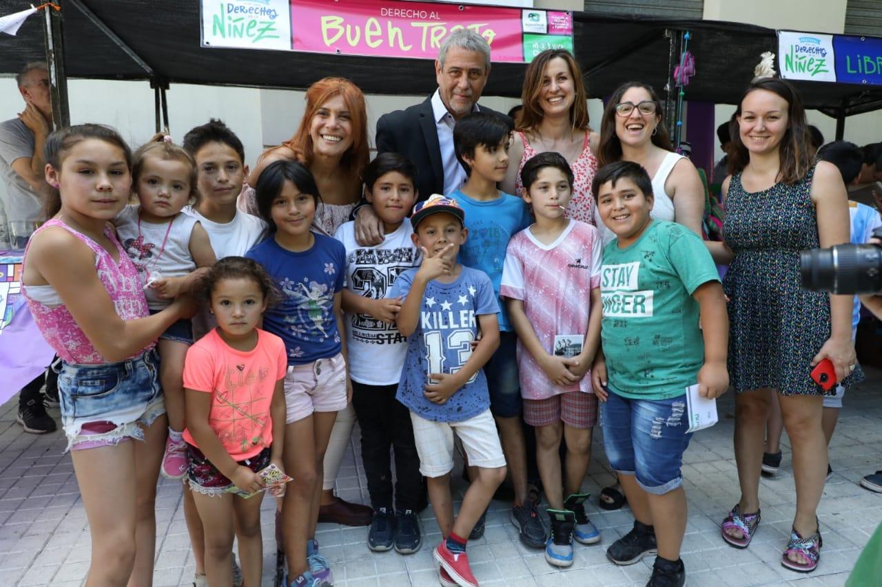 Con un festival en Plaza Alsina, Avellaneda celebró el mes de los Derechos de la Niñez