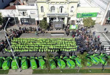 Los Cuidadores Ciudadanos de Avellaneda comenzaron a trabajar en calles, plazas y centros comerciales