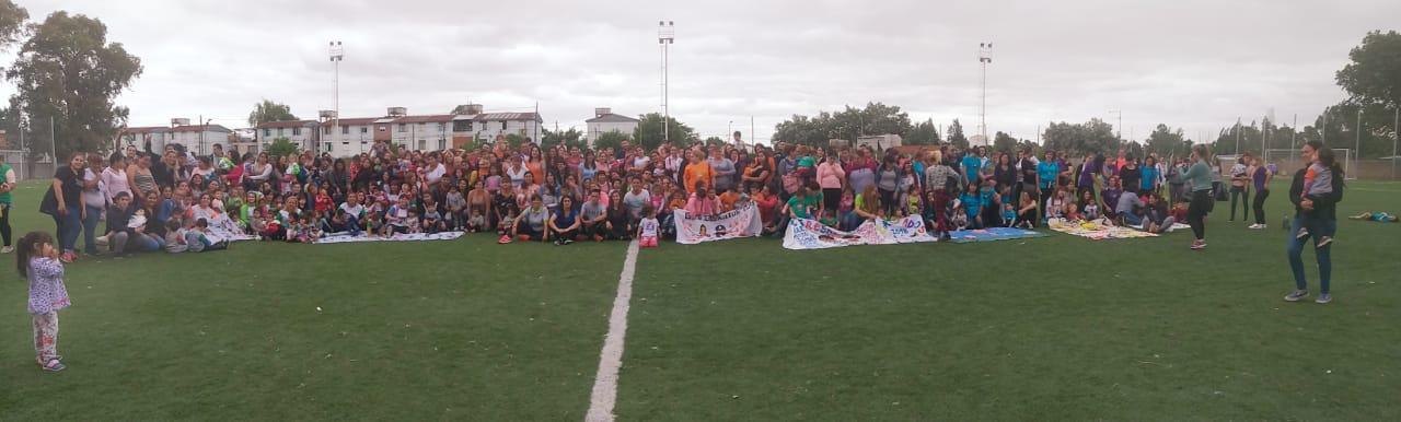 Las egresaditas y egresaditos de los Jardines Maternales Municipales festejaron en el Delfo Cabrera