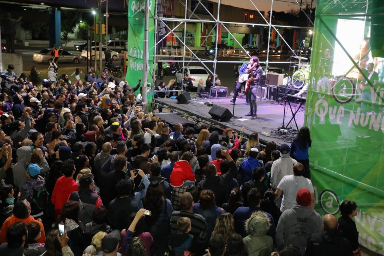 Con música y comidas, Sarandí celebró el 128º aniversario de su fundación