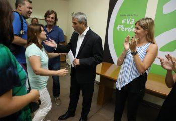 Ferraresi entregó $22.900.000 a jardines y escuelas públicas provinciales de la ciudad