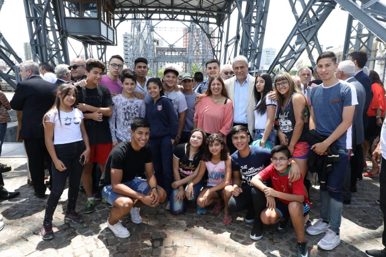 La UNESCO declaró Patrimonio Cultural el transbordador de la Isla Maciel