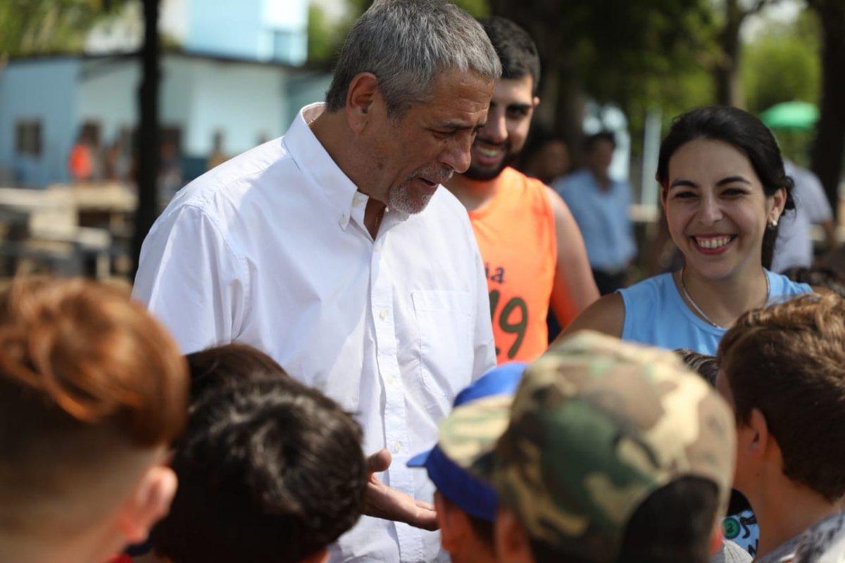 Ferraresi inauguró tres piletas que ya funcionan como colonias municipales de verano
