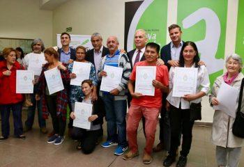 73 familias del Partido recibieron las escrituras de sus casas