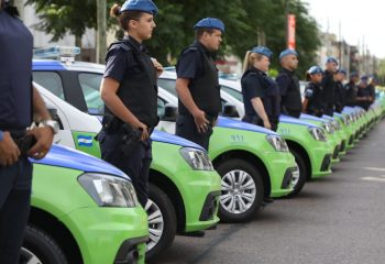 Ferraresi entregó 60 patrulleros 0KM e incorporó 300 policías a la vigilancia de la ciudad