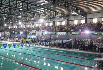 Ferraresi inauguró el Natatorio Avellaneda Olímpica