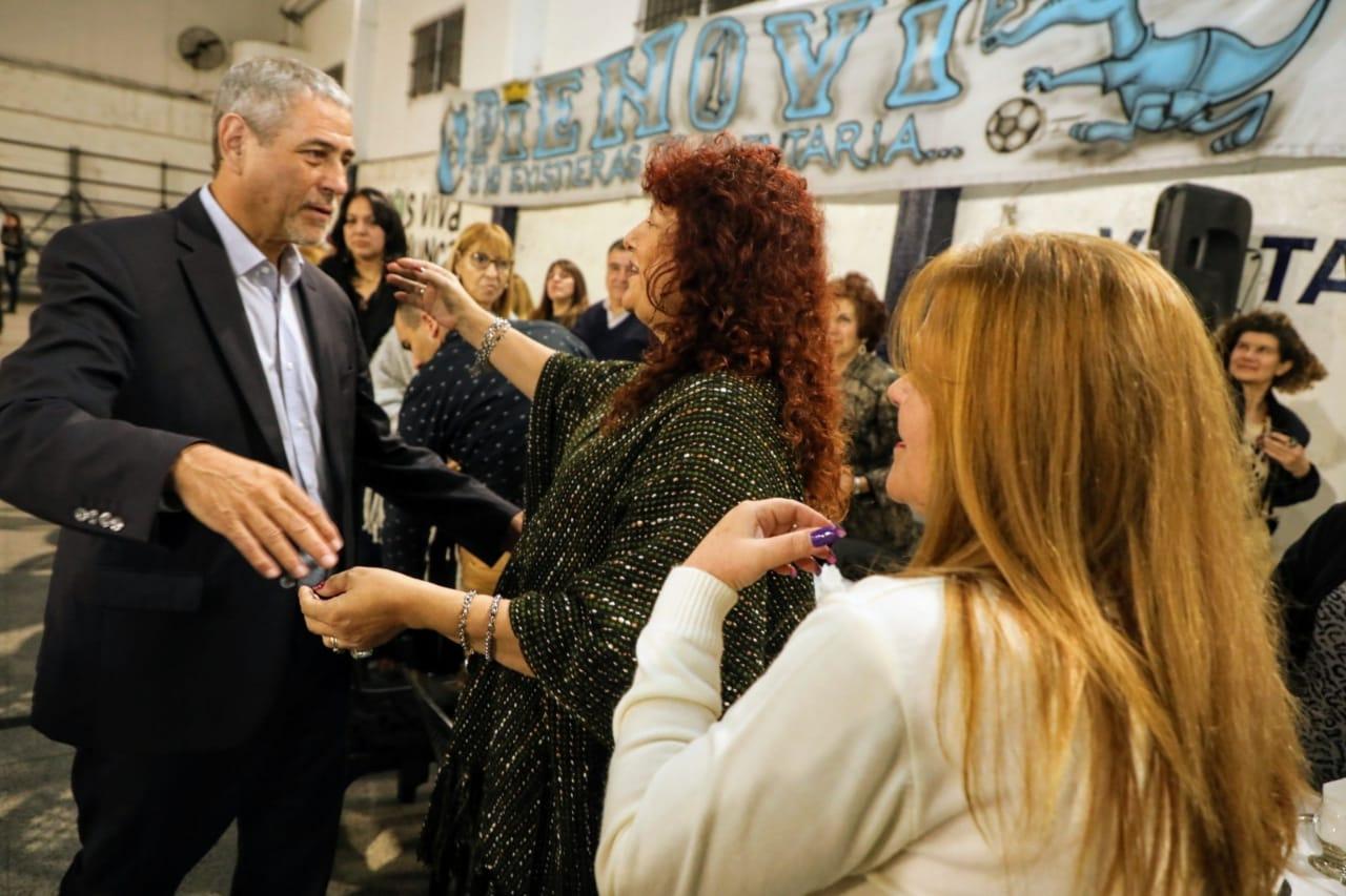 Instituciones, vecinos y comerciantes de Piñeiro se reunieron con Ferraresi en la previa de su aniversario