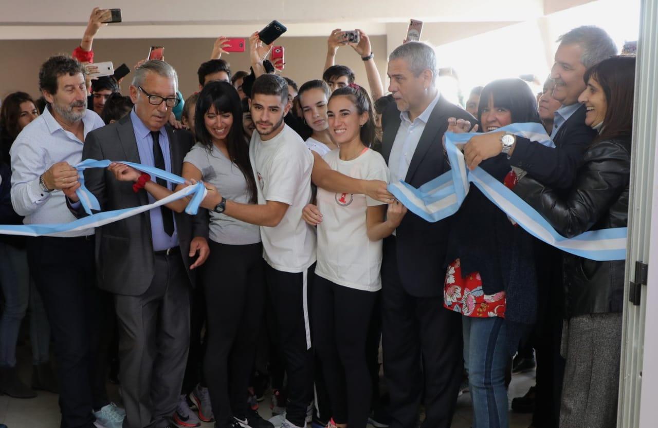 Ferraresi inauguró un edificio para la formación de docentes de educación física