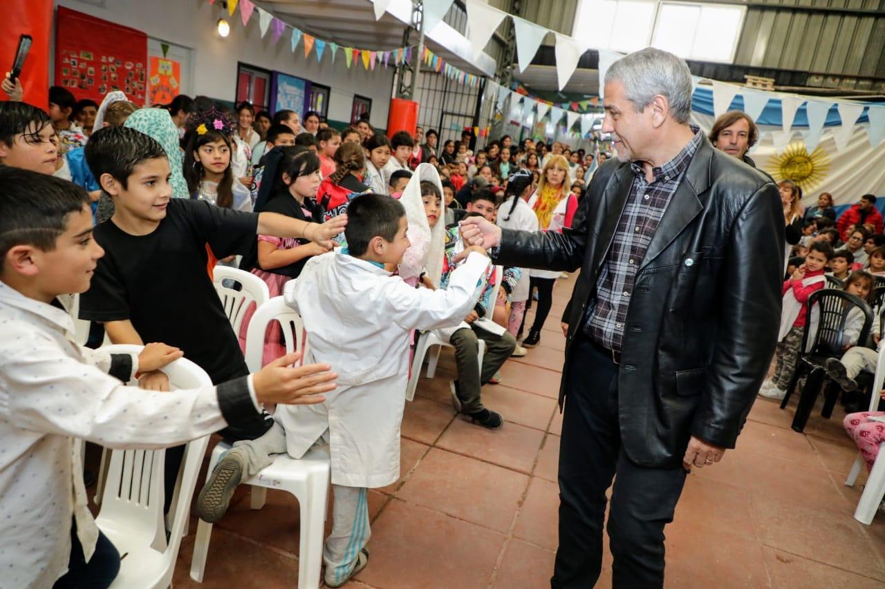 Avellaneda invirtió más de $14 millones para reconstruir las escuelas primarias de Villa Inflamable y Villa Corina