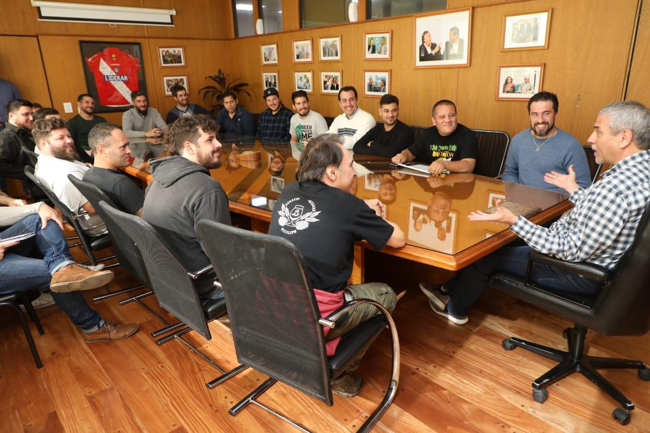 Ferraresi recibió a productores cerveceros locales