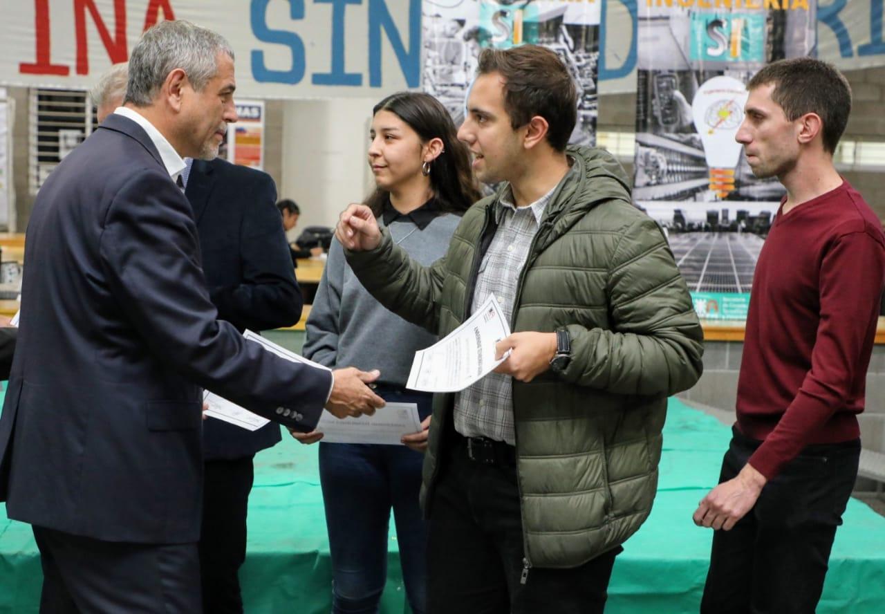 Avellaneda apoya la educación universitaria y la investigación tecnológica