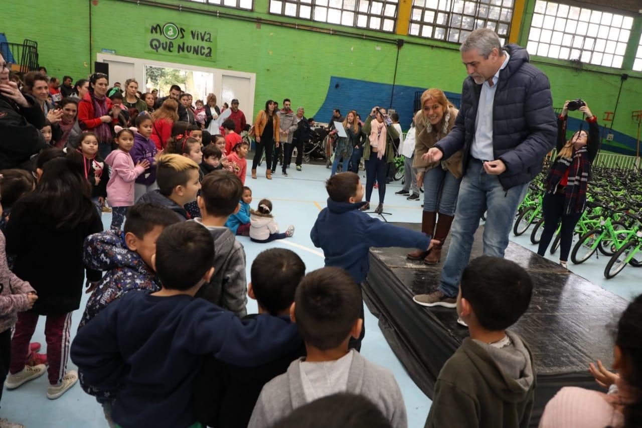 """Con """"Tu Primera Bici"""", la Comuna impulsa el derecho al juego de los niños"""
