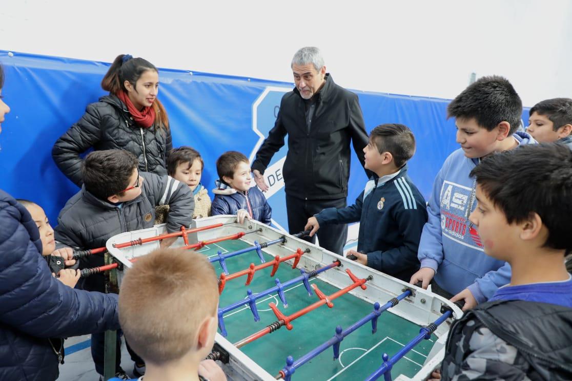 Ferraresi inauguró obras en dos clubes de barrio, hechas con una inversión millonaria del Municipio