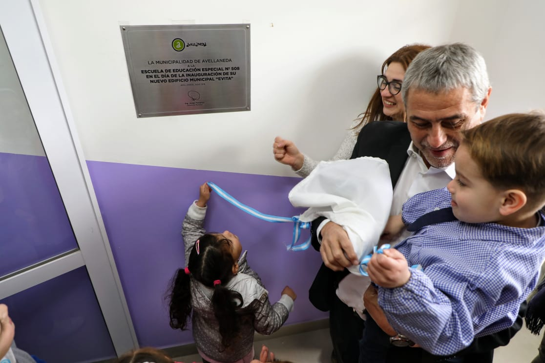 La Municipalidad de Avellaneda inauguró un nuevo edificio para la escuela 508 de Sarandí