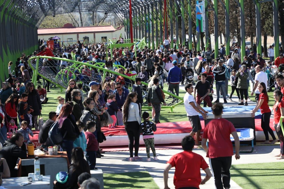 Con un show de Bersuit, abrió «La Estación», el parque público recreativo más grande de Avellaneda