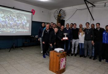 Ferraresi visitó al plantel de Básquet del Sporting Wilde, campeón de la Liga Metropolitana 2019