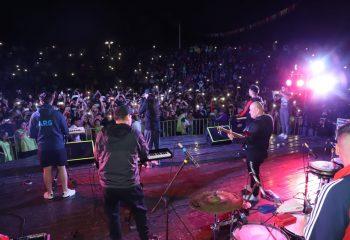 Miles de jóvenes participaron del festival del #DíaDeLaJuventud