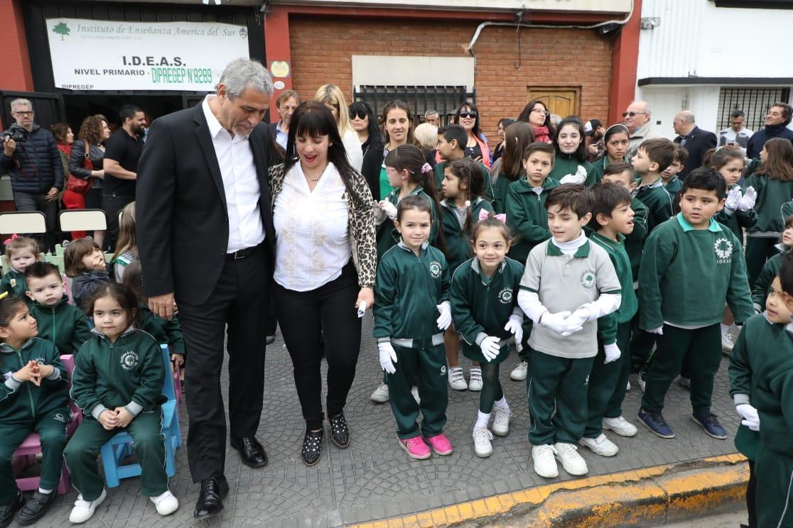 Ferraresi acompañó los festejos del aniversario de diferentes instituciones locales