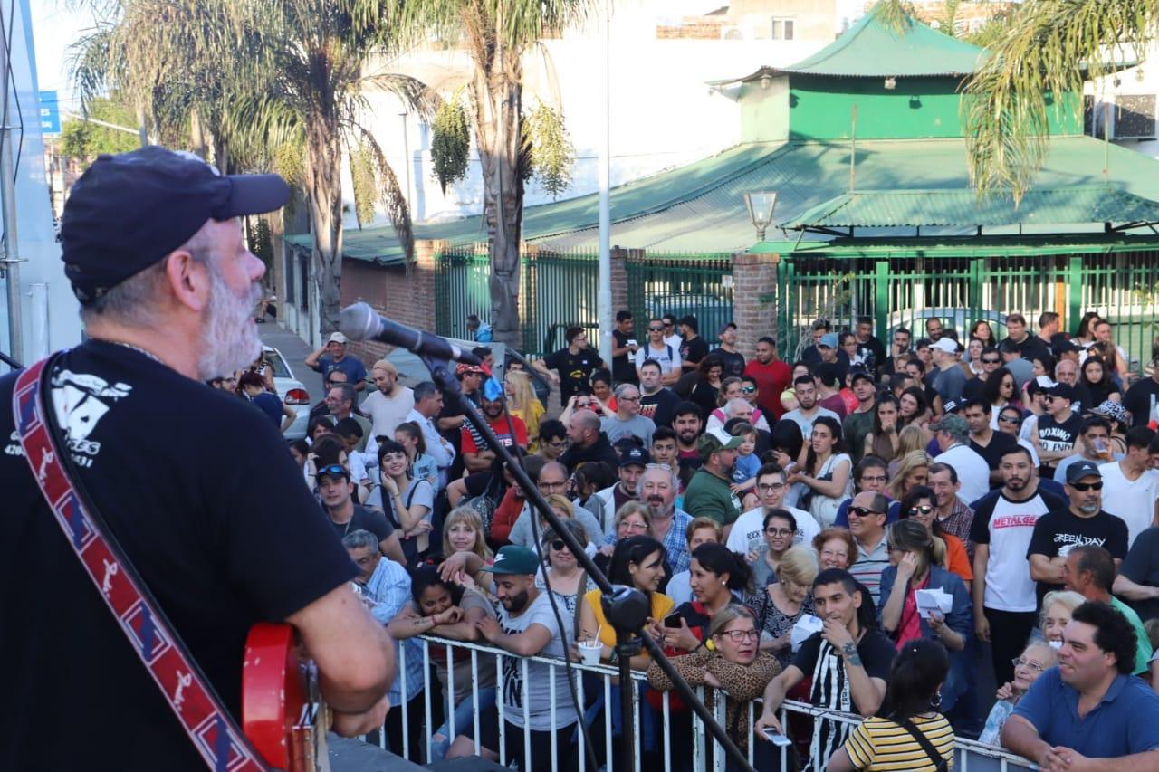 Orgullo Sarandí: miles de vecinxs disfrutaron de un nuevo festival en su barrio