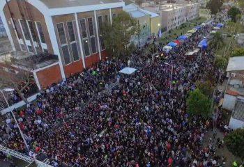 Una multitud en el festival #OrgulloWilde, con nueva pista de skate y Eruca Sativa