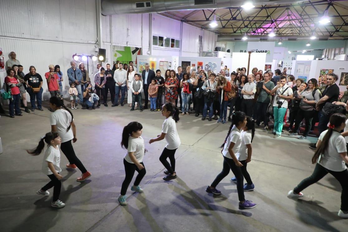 Ferraresi inauguró la muestra anual 2019 de los institutos municipales