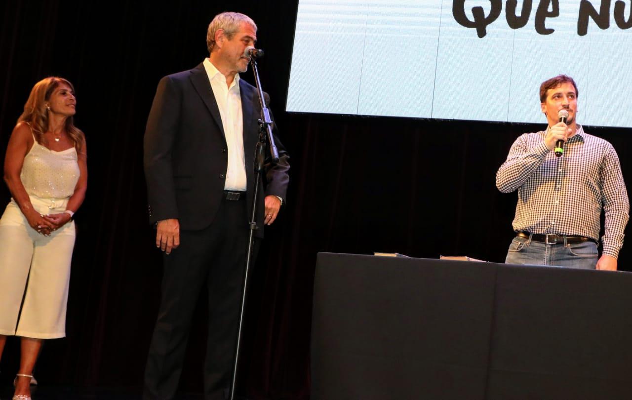 Ferraresi presentó el nuevo Gabinete municipal