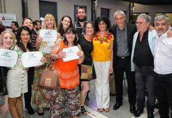 Ferraresi encabezó el acto de colación de los institutos municipales de Enseñanza Artística