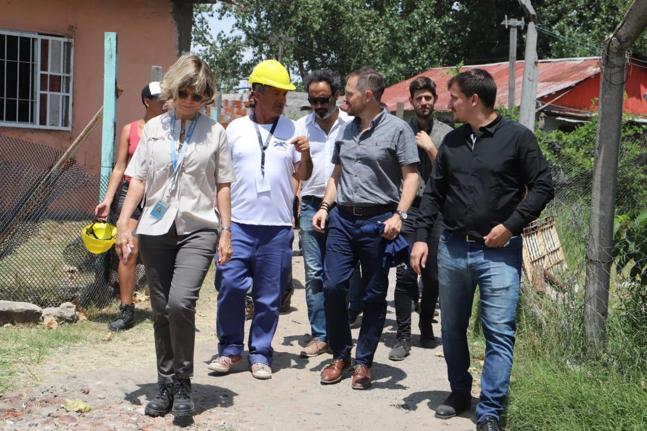 Comienzan las obras de conexión a la red de agua potable para las familias de Villa Inflamable