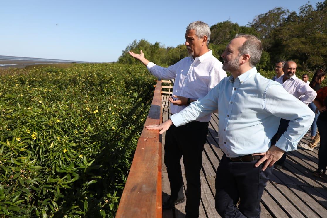 Ferraresi y Sabbatella recorrieron diferentes puntos relacionados con el medio ambiente de la ciudad.