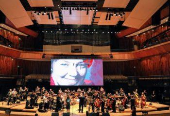 La Orquesta Sinfónica Municipal brindó un recital en CCK en homenaje a María Elena Walsh