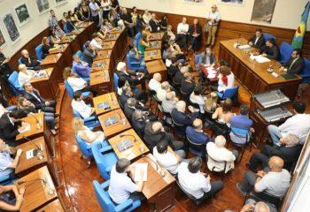 Alejo Chornobroff encabezó la apertura de Sesiones Ordinarias del Concejo Deliberante de Avellaneda