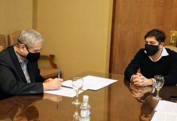 Ferraresi firmó un convenio con el Organismo Provincial de Integración Social y Urbana para mejorar la calidad de vida de los barrios populares