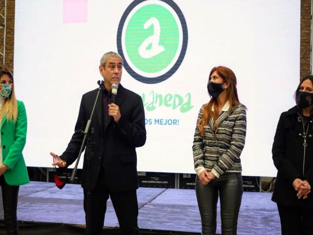 """""""Haciendo Escuela"""": Avellaneda invertirá $ 1000 millones en instituciones educativas locales"""