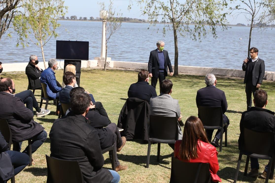 Ferraresi acompañó a Kicillof en la presentación de un plan de reactivación turística y cultural