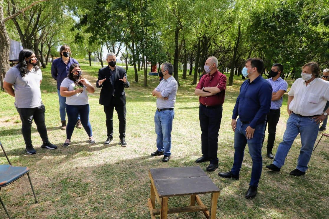 Ferraresi y el ministro Larroque recorrieron obras en diferentes barrios de Avellaneda