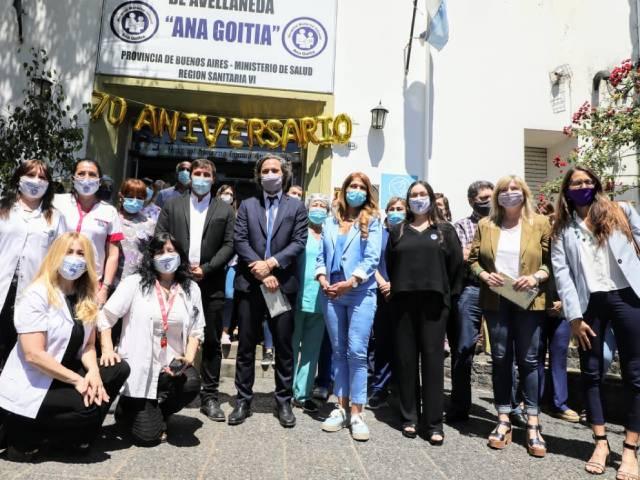 """En el 70° aniversario del Hospital """"Ana Goitía"""",el intendente Chornobroff acompañó a Santiago Cafiero"""