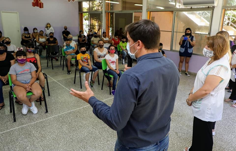 Chornobroff participó del acto de colación de los egresadxs del CEM 125 de Villa Tranquila