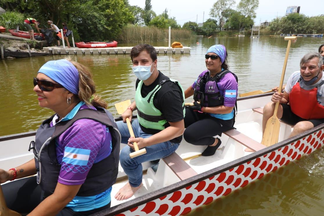 El intendente Chornobroff participó de una jornada de saneamiento en la laguna de La Saladita