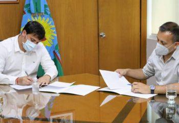 El intendente Chornobroff firmó un convenio con el subsecretario de Deportes bonaerense, Javier Lovera