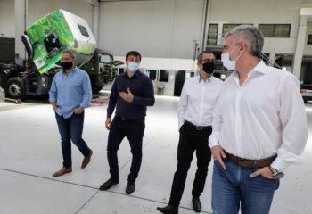 El Intendente Alejo Chornoborff visitó la empresa Buswagen