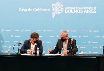 El intendente Chornobroff acompañó al gobernador Kicillof y el ministro Ferraresi en la firma de convenios de hábitat