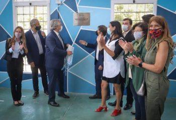 El presidente Fernández y el gobernador Kicillof participaron de la inauguración de un SUM en la escuela rural N° 47 de Villa Domínico
