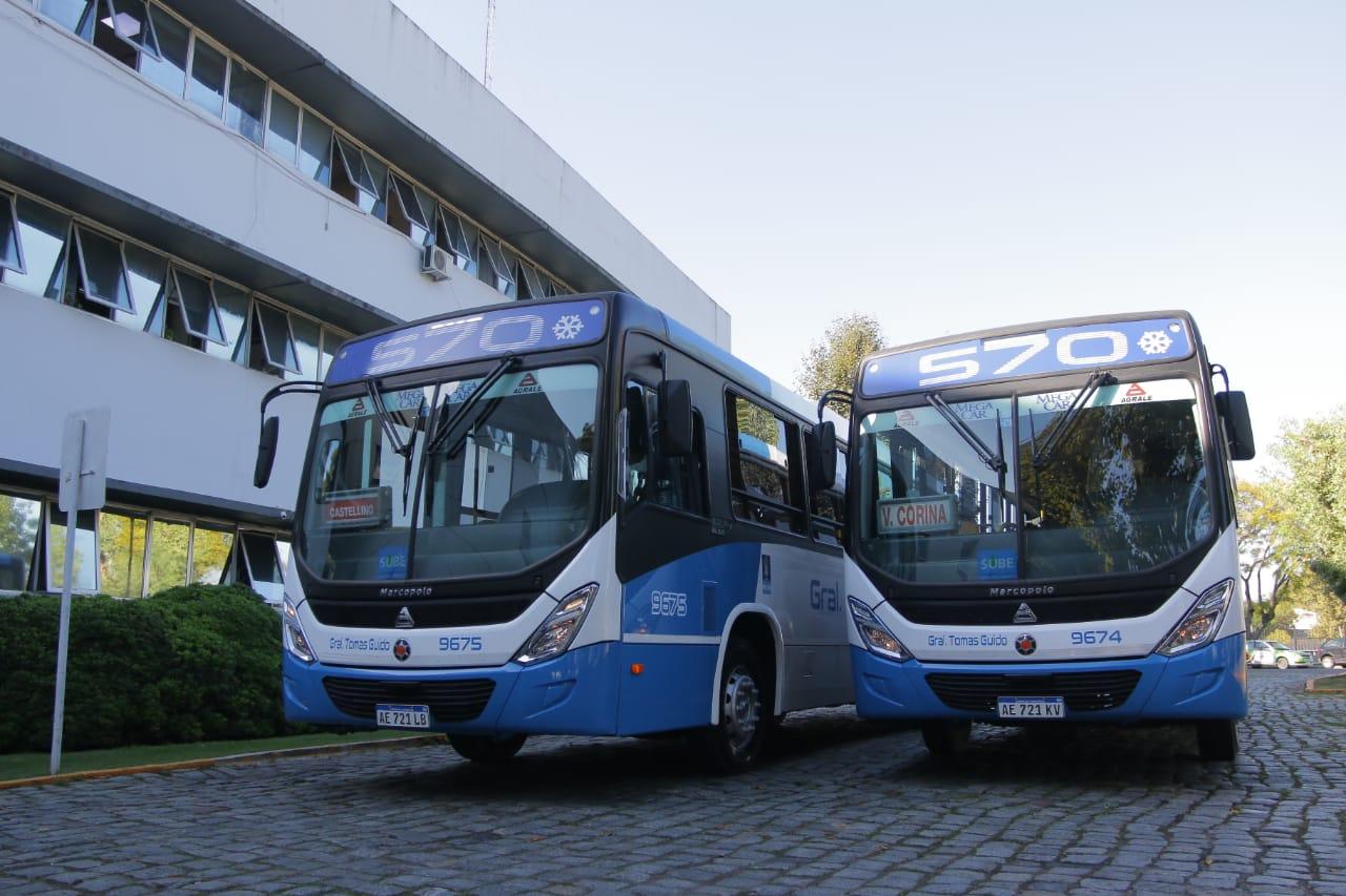Alejo Chornobroff y Magdalena Sierra acompañaron la presentación de nuevas unidades de la Línea 570