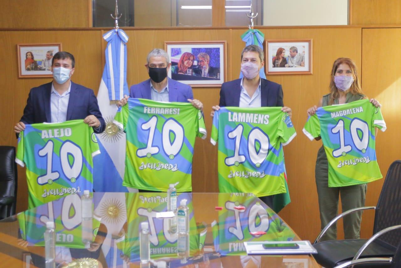 Los ministros Ferraresi y Lammens recorrieron polideportivos municipales de Avellaneda