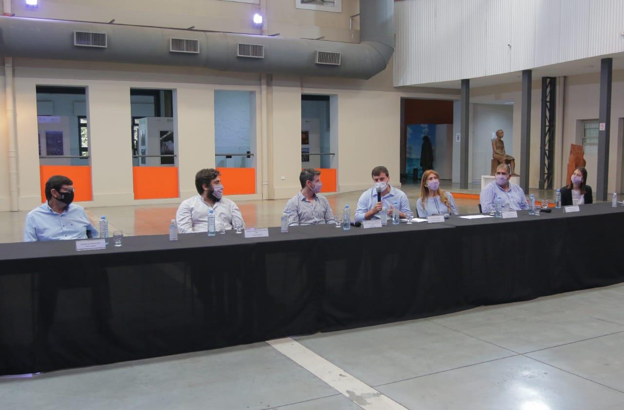 El Instituto Provincial de la Administración Pública brindará cursos a empleados municipales de Avellaneda