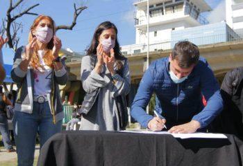 Avellaneda firmó un convenio con la Secretaría de Comercio Interior de la Nación